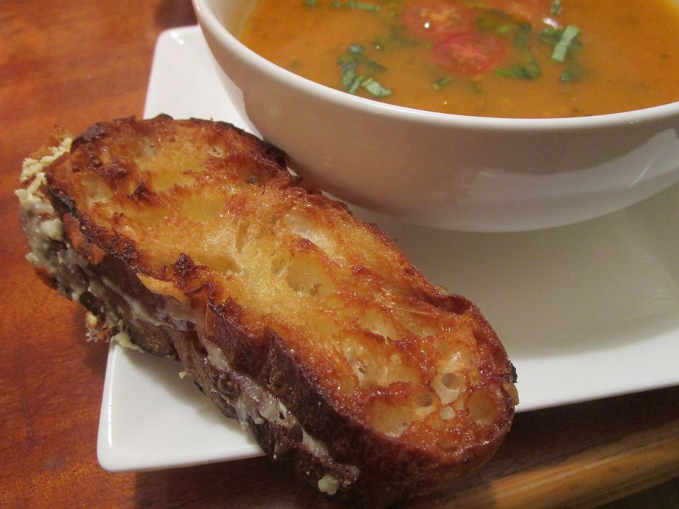 grilled cheese salad with soup