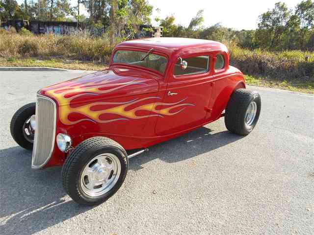 11074904-1933-ford-5-window-coupe-thumb-c